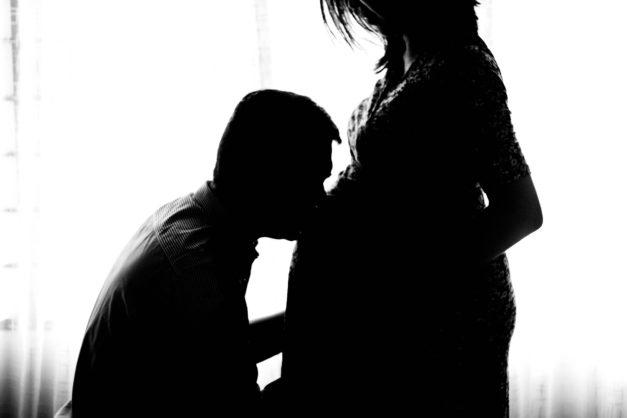 立ち会い出産で夫が気絶?立ち会い出産のおもしろエピソードを集めました