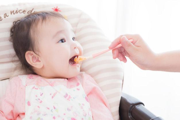 離乳食はいつから、どのように進めたらいいの?